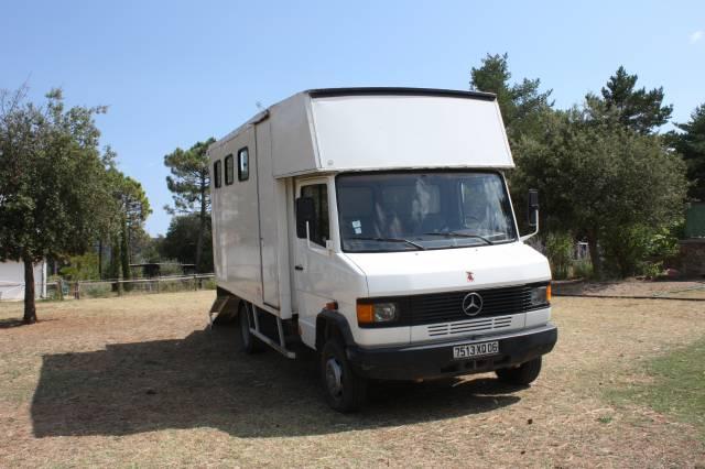 mercedez 609 4 chevaux permis B