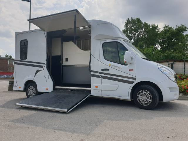 Camion chevaux - Haras 3P - Renault 165CV - Occasion