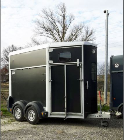 Horse trailer Ifor Williams HB506 2 Stalls 2009 Used