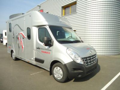 Camion Chevaux Proteo Haras Renault New Master DCI 150