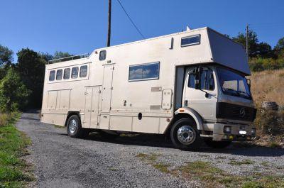 Vends camion à chevaux pl 19 t mercedes