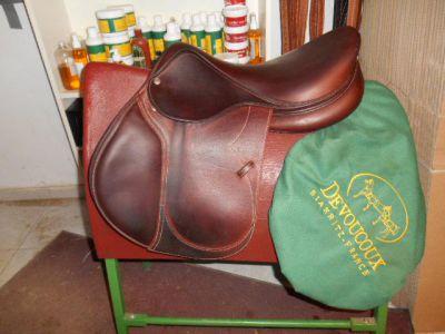 "Jumping saddle Delgrange  17.5 {#inches#}"" 2013 Used"