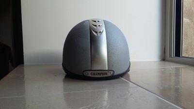 "Vends casque ""CHAMPION"""