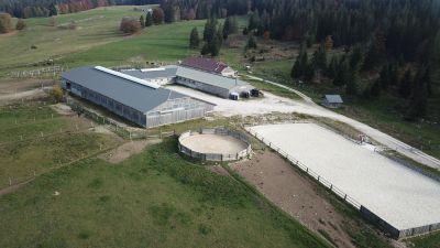 Domaine équestre et forestier sur 161 ha proche Suisse
