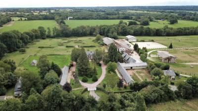 Maison de maître et écuries sur 36 ha - Deauville