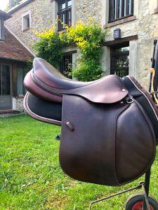 "Jumping saddle Devoucoux  17.5 {#inches#}"" 2015 Used"