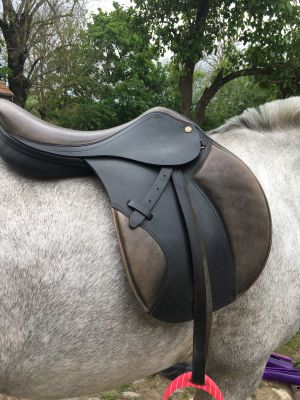 """General purpose saddle Ronzon  17.5 {#inches#}"""" 2018 New"""