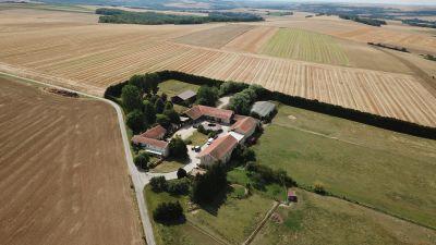 Ecurie de propriétaires sur 22 ha proche Reims (51)