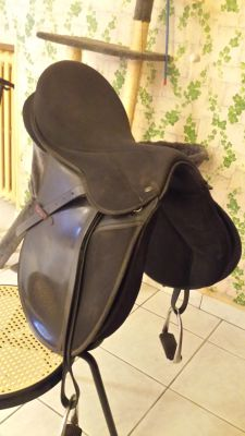 Selle cheval 17'
