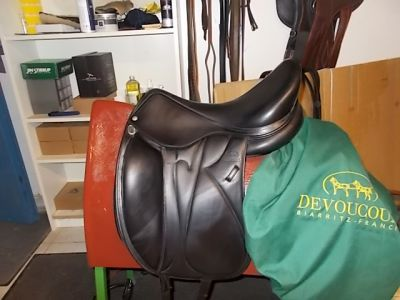 """Dressage saddle Other  17.5 {#inches#}"""" 2017 Used"""