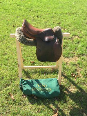 "Jumping saddle Devoucoux Biarritz  16.5 {#inches#}"" 2013 Used"
