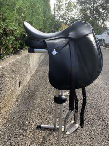 """Dressage saddle Bates  17.5 {#inches#}"""" 2012 Used"""
