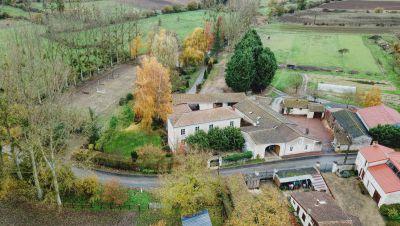 Ancien moulin du XVéme entièrement rénové avec écurie