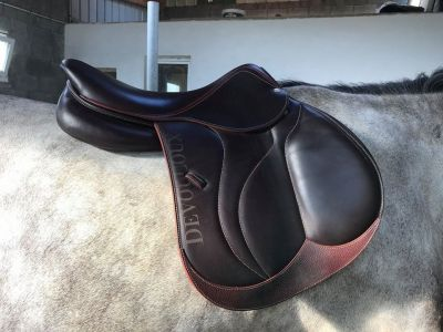 """Jumping saddle Devoucoux BIARRITZ S 18 {#inches#}"""" 2016 New"""