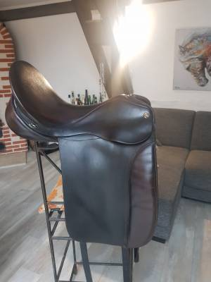 Selle dressage cheval
