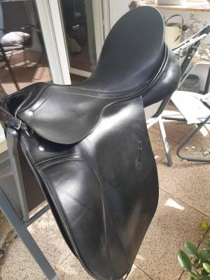 """Dressage saddle Passier Grand Gilbert 17 {#inches#}"""" 2014 Used"""