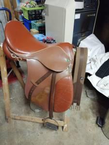 "General purpose saddle Norton  17 {#inches#}"" 2010 Used"