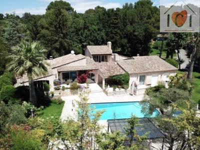 SOPHIA ANTIPOLIS - PROPRIETE EXCEPTIONNELLE DE 5 HA