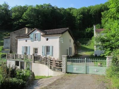 Domaine rural de 660 m2 sur 8 hectares, Courniou 34220