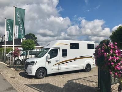 Kleine paardenvrachtwagen (B rijbewijs) Barbot Polyvan D5  2020 Nieuw
