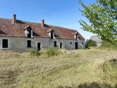 Ferme du  XVII e siècle à rénover sur 1,5 ha