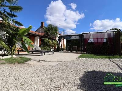 Maison 12 pièces - 260 m²