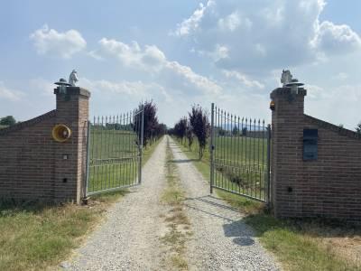 Propriété équestre A vendre Turin