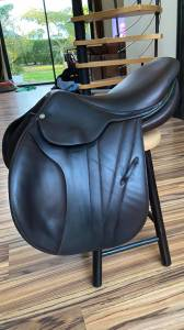"""Jumping saddle Butet  16 {#inches#}"""" 2016 Used"""