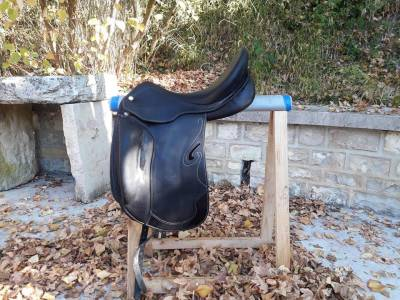 """Dressage saddle Other nortier prestige 17 {#inches#}"""" 2010 Used"""
