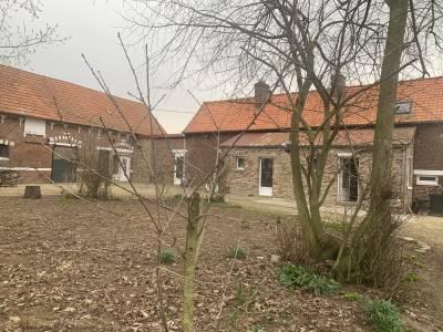 Ancien corps de ferme sur 1,4 hectare