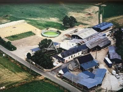 Proche de Mayenne, propriété équestre sur 7 ha