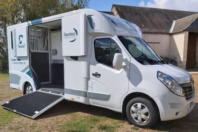 Location camion pour chevaux proche tours