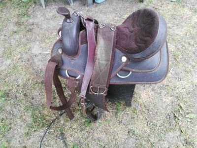 Selle western synthétique + accessoires