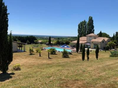 Sur plus de 2.4 hectares, entre la Réole et Marmande,