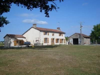 Maison 200 m², 17,8 ha, vastes dép., conviendrait pour