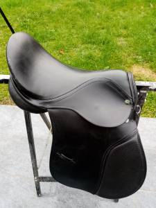 Selle cheval 17''