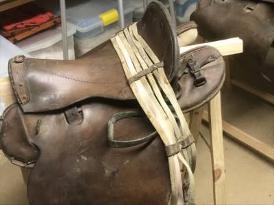 Selle de cavalerie modèle 1874 datée 1915