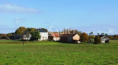 Hameau comprenant 5 maisons sur 70ha proche montpon ménestérol