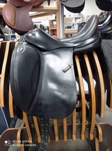 "Dressage saddle Prestige Italia  17"" 2016 Used"